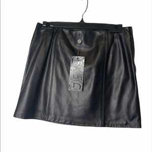 Danier leather Skirt